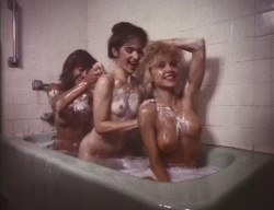 Nightmare Sisters (1988) screenshot 4