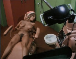 Beneath the Valley of the Ultra-Vixens (1979) screenshot 6