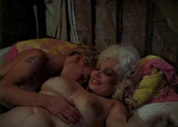 Desperate Living (1977) screenshot 1