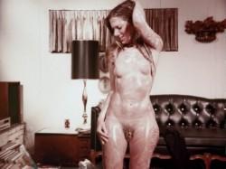 Escape To Passion (1970) screenshot 6