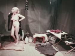 Her Odd Tastes (1969) screenshot 5