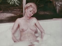 Her Odd Tastes (1969) screenshot 6
