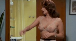 L'insegnante va in collegio (Better Quality) (1978) screenshot 1