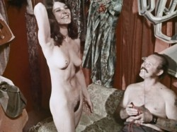 Love From Paris (1970) screenshot 3