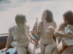 Three In A Towel (1969) screenshot 6