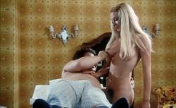 Madchen, die nach Munchen kommen (Better Quality) (1972) screenshot 4