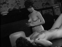 A Thousand Pleasures (1968) screenshot 3