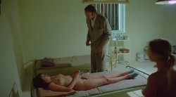 Barbed Wire Dolls (1976) screenshot 5