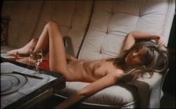 Liebesspiele junger Madchen (Better Quality) (1972) screenshot 3