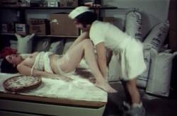 Die Bumsfidelen Handwerker (1972) screenshot 1