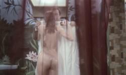 Il faut vivre dangereusement (1975) screenshot 5