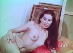 1000 Shapes of a Female (1963) screenshot 4