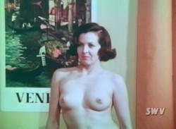 1000 Shapes of a Female (1963) screenshot 5