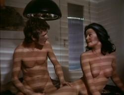 Liebe zwischen Tur und Angel - Vertreterinnen-Report (Better Quality) (1973) screenshot 1