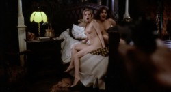 Vampyres 0 00 56 939 250x135 - Vampyres (1974)