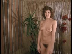 Die Todesgottin des Liebescamps 0 30 33 450 250x187 - Die Todesgottin des Liebescamps (1981)