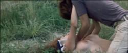 Sukeban burusu: Mesubachi no gyakushu (1971) screenshot 6